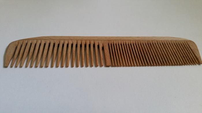 peigne en bois