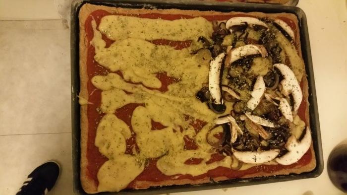 pizza vegan version bigout pour ceux qui n'aiment pas les champignons et oignons